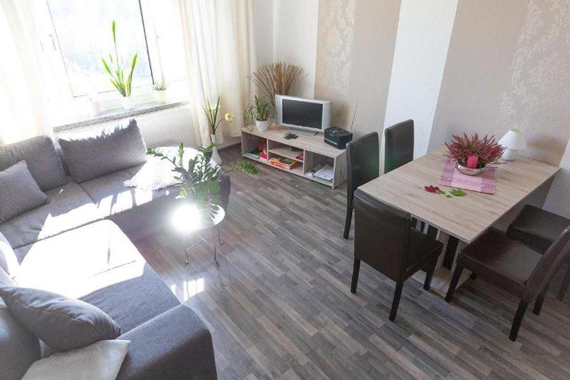 Ferienwohnung Oberwiesenthal für 4 - 5 Personen mit 1 Schlafzimmer - Ferienwohnu, casa vacanza a Crottendorf