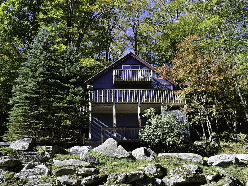 A Bit Of Heaven Chalet; 1/2 Mile From Ski Slopes, 2 Miles From Country Club,, location de vacances à Beech Mountain