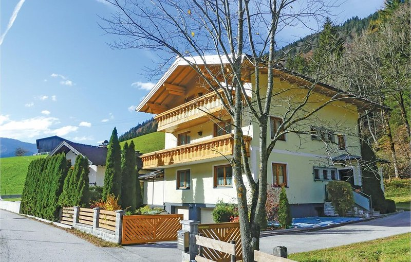 2 Zimmer Unterkunft in Annaberg/Lammertal, holiday rental in St Martin am Tennengebirge