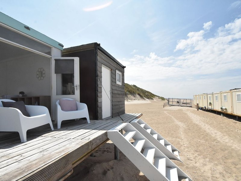 Modern Holiday Home in Castricum with Terrace, vakantiewoning in Castricum