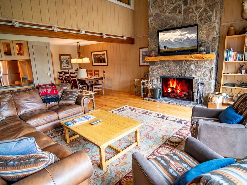 Timber Ridge #3...Your Ideal Ski-In 5 Bedroom Property!, alquiler de vacaciones en Teton Village