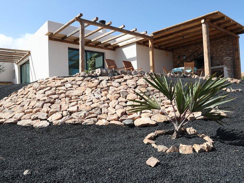 gemütliche Finca zum Entspannen und Aktiv sein, holiday rental in La Ampuyenta