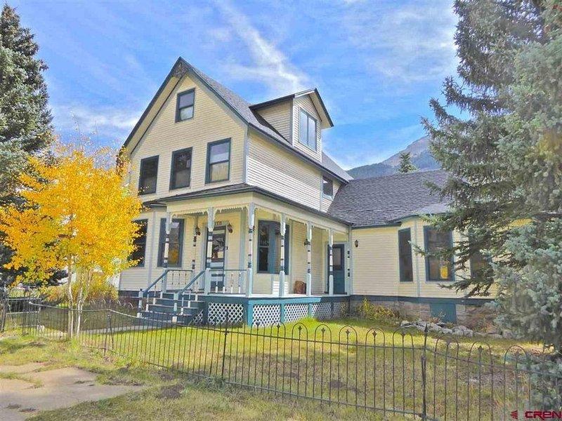 Wildflower House - Silverton Victorian, vacation rental in Silverton