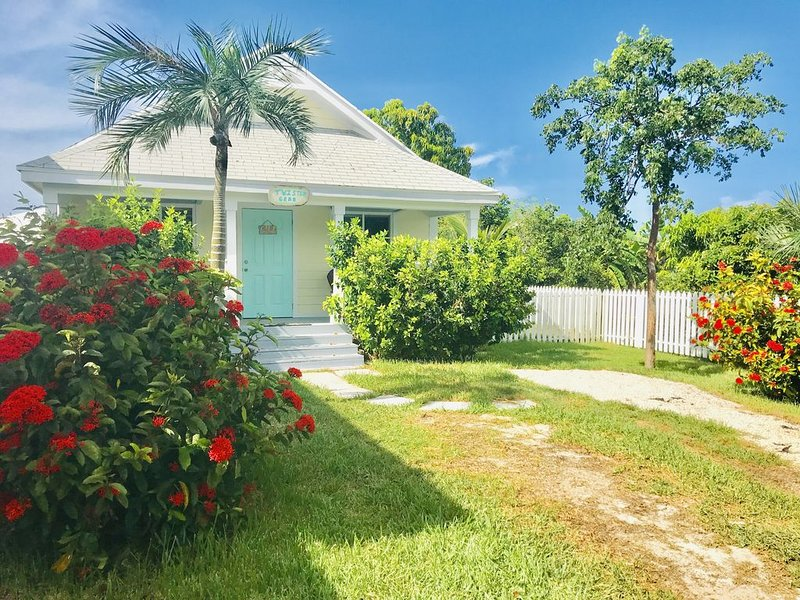 Twisted Crab - an Affordable Option, holiday rental in Saint Georges Island