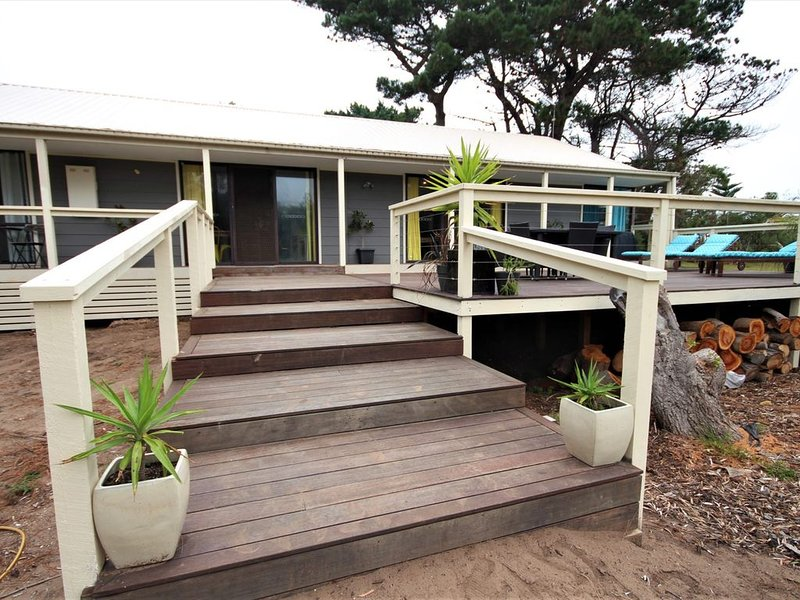 Sundrenched in Venus #61, holiday rental in Venus Bay