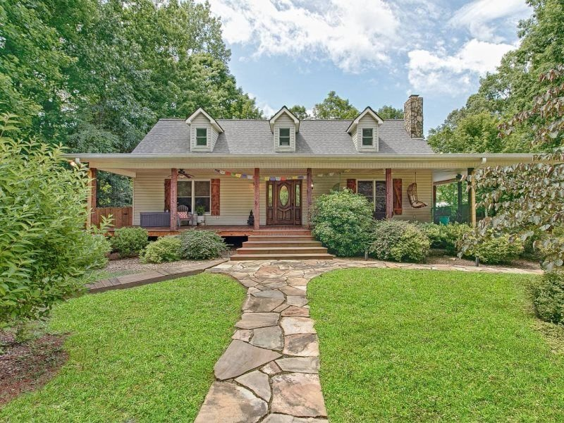 FAMILY FARM GETAWAY ~ PET FRIENDLY ~ INTERNET ~ VERY PRIVATE ~ WOOD FLOORS ~ MOU, holiday rental in Union Mills