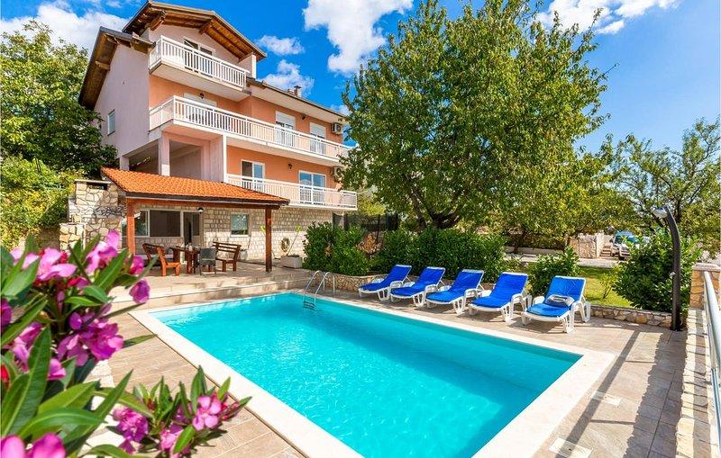 5 Zimmer Unterkunft in Imotski, vacation rental in Imotski
