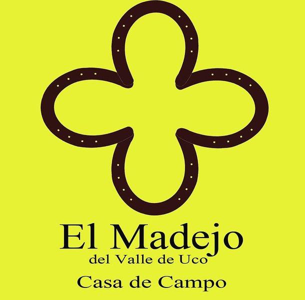 El Madejo    casa de campo, holiday rental in La Consulta