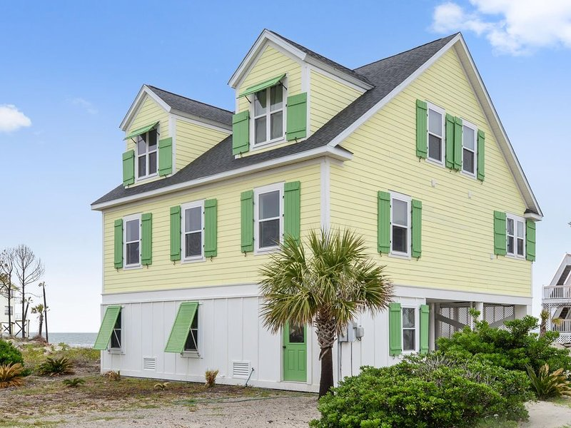 Fabulous Ocean Views and Pet Friendly!, holiday rental in Harbor Island