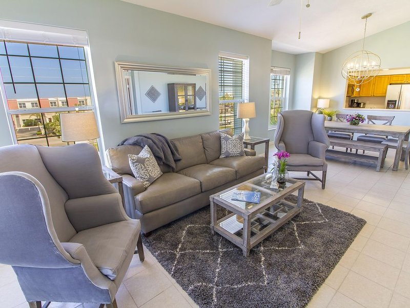 Updated Penthouse ~ Great Ocean Views ~ Professionally Decorated, vacation rental in Saint Augustine Beach