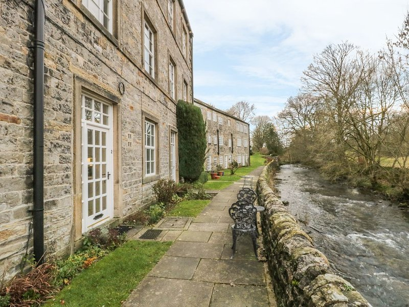 2 Riverside Walk, AIRTON, holiday rental in Hellifield