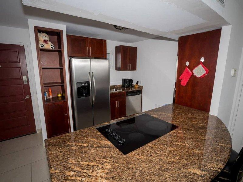 Lovely Ocean Front 1-Bedroom Condo in Maho!, holiday rental in Maho