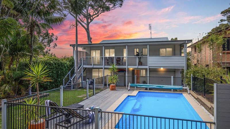 Poolside :: Home with swimming pool and huge backyard – semesterbostad i Hyams Beach