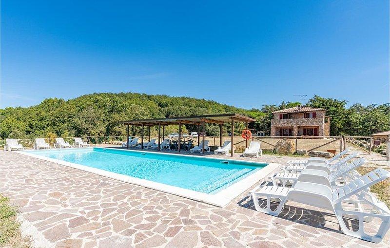 7 Zimmer Unterkunft in Sassetta, holiday rental in Sassetta