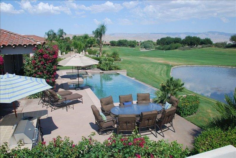 Unbelievable Home on Golf Course-Misson Hills at the Legacy, alquiler de vacaciones en Rancho Mirage