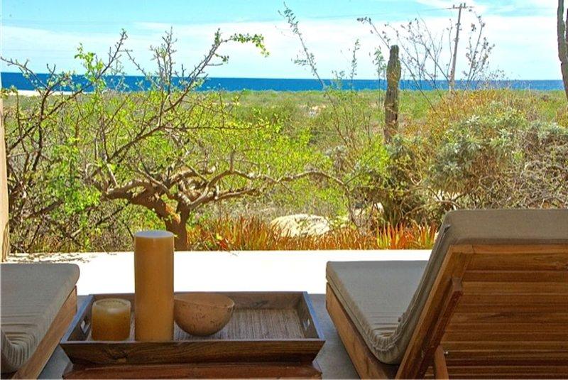 Elegant Simplicity with Unimpeded Views of the Ocean/Mountains, vacation rental in Todos Santos