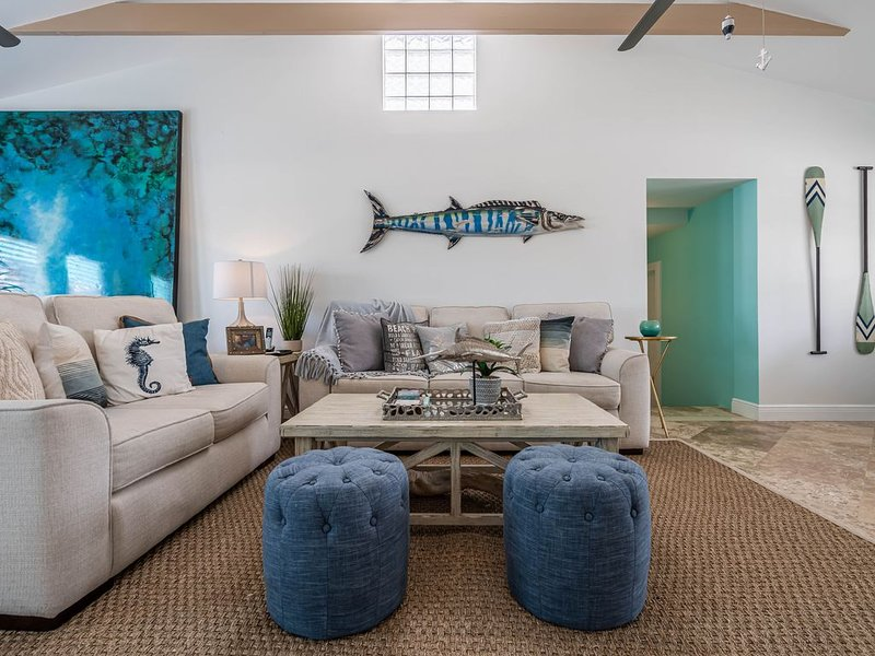 Luxury Living in Paradise!  5 bedrooms, Dockage, Ocean View. Relax, Unwind, Fish, casa vacanza a Grassy Key