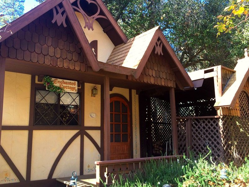 The Enchanted Cottage at Shadow Mountain Ranch!, casa vacanza a Julian