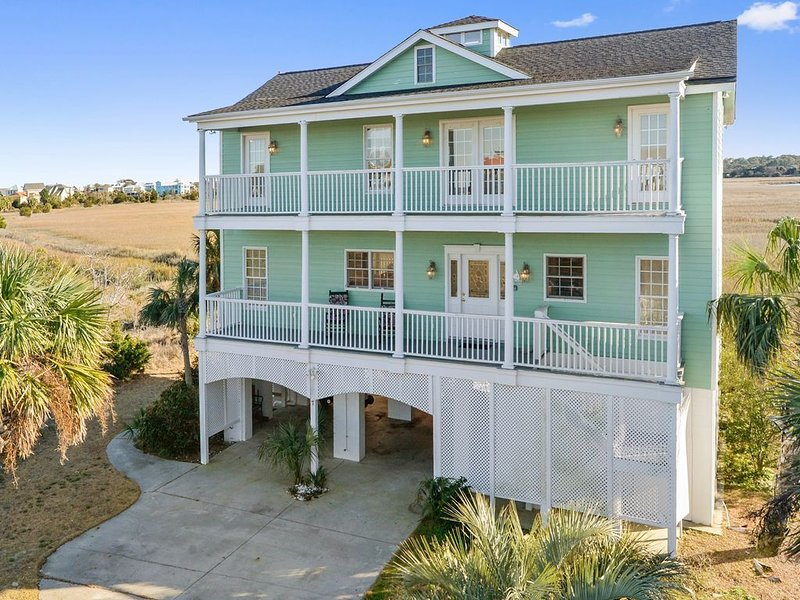 Expansive Marsh and Water View, holiday rental in Saint Helena Island