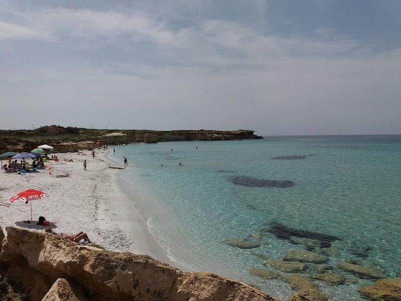 Casa Su Cuccuru Mannu in S'arena Scoada 5 minutes on foot from the beach, holiday rental in Putzu Idu