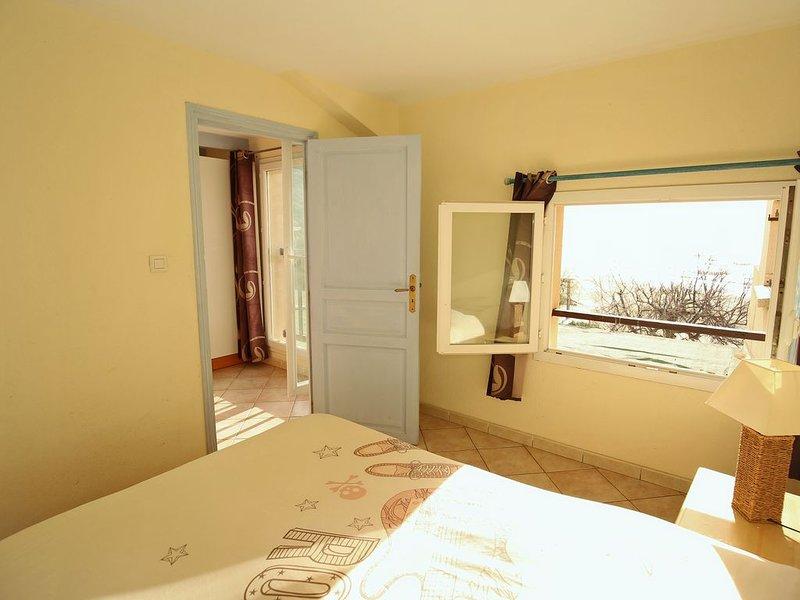 Appartements F2 avec vue panoramique sur la mer, holiday rental in Ogliastro