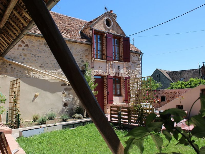 Maisonnette cosy et de charme, holiday rental in Sainte-Colombe