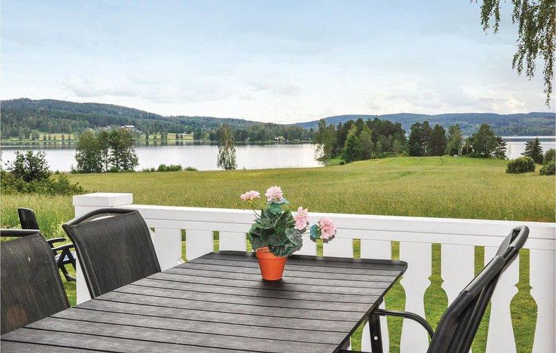 2 Zimmer Unterkunft in Gunnarskog, aluguéis de temporada em Magnor