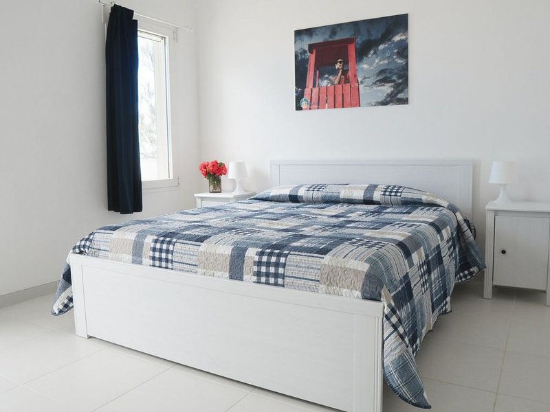Appartamenti direttamente sul mare del Salento, holiday rental in San Cataldo