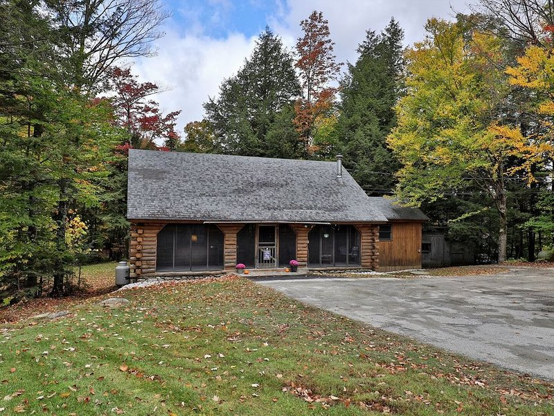 The Zack Family Cabin, the perfect mountain experience for your family, alquiler vacacional en Stockbridge