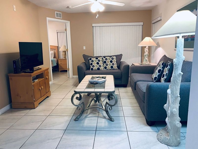 Beautiful 3 Bedroom 2 Bathroom Condo in Grand Palms Community Resort, holiday rental in Four Corners