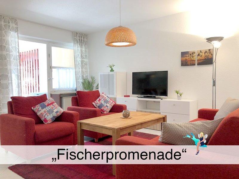 Im Fischerdorf mit großer Terrasse, Garage und nur wenige Meter zum Bodensee, holiday rental in Wasserburg
