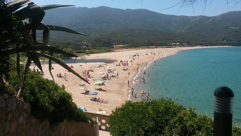 Appartement vacances en Corse du Sud  https://laliccia.**************, location de vacances à Calcatoggio