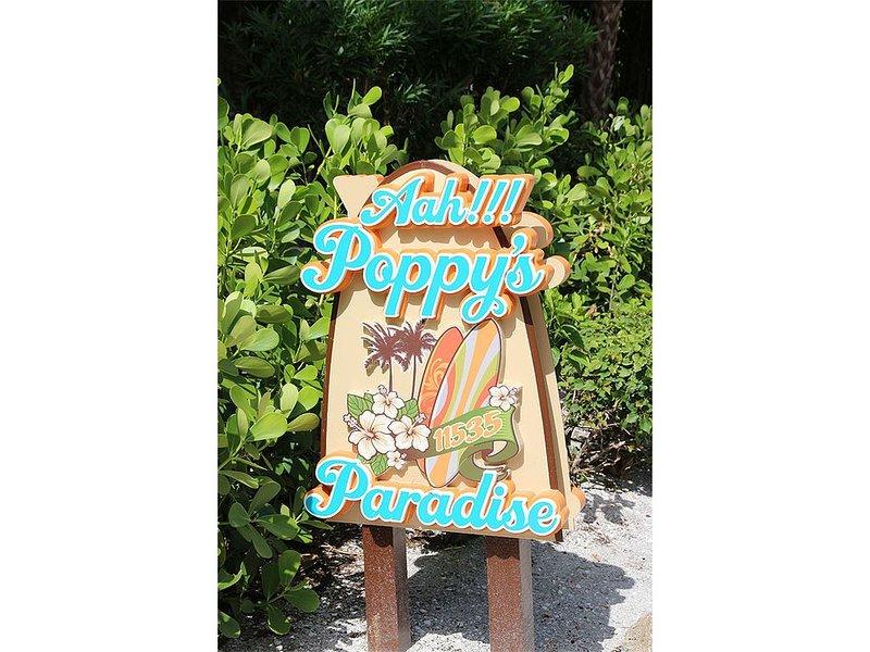Aah!!! Poppy's Paradise, aluguéis de temporada em Saint James City