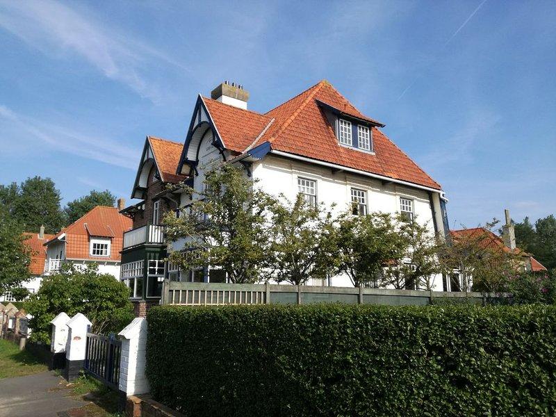 Adorable cottage typique de la Côte Belge, aluguéis de temporada em Koksijde