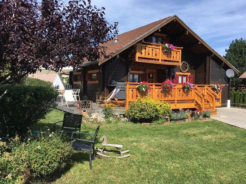Magnifique chalet à la montagne jusqu'à 9 personnes., holiday rental in Chaux-Neuve