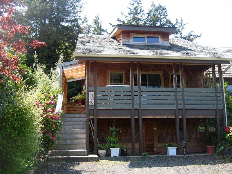 Bird Nest Cottage near Fort Worden, location de vacances à Adelma Beach