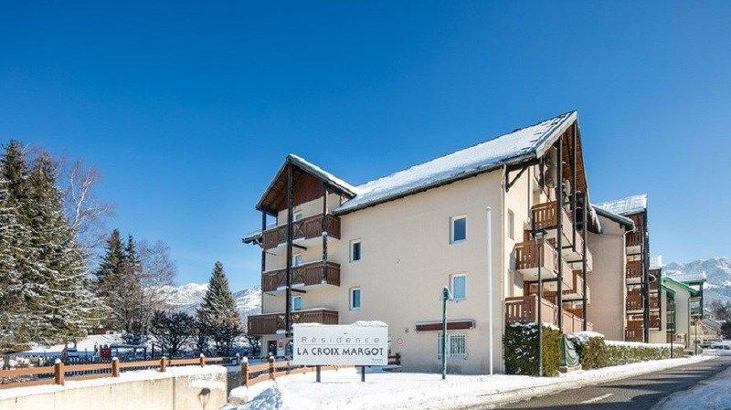 Proche du Centre ! Studio accès Piscine, Aire de Jeux, Local à Skis et +, location de vacances à Villard-de-Lans