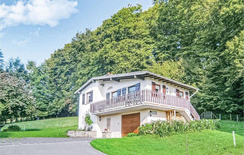2 Zimmer Unterkunft in Vichten, holiday rental in Luxembourg