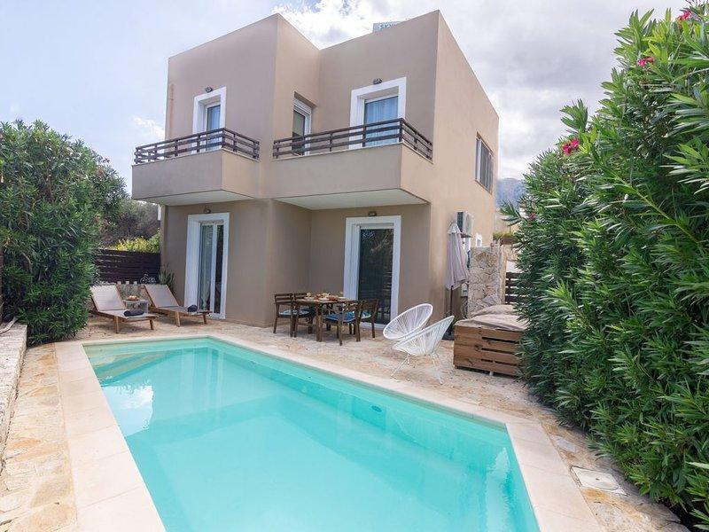 Three Bedroom Villa Aronia, vacation rental in Balarina