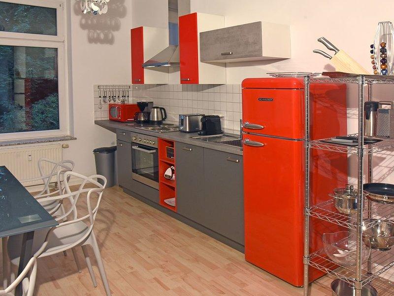 stylish city apartment in Zwickau, Ferienwohnung in Altenburg
