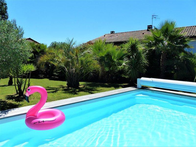 belle villa avec piscine à BIARRITZ/BIDART, casa vacanza a Arbonne