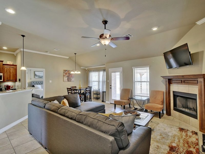 Fabulous 4BR Home Near Ft Hood|Lake|S&W Med Cntr, holiday rental in Harker Heights