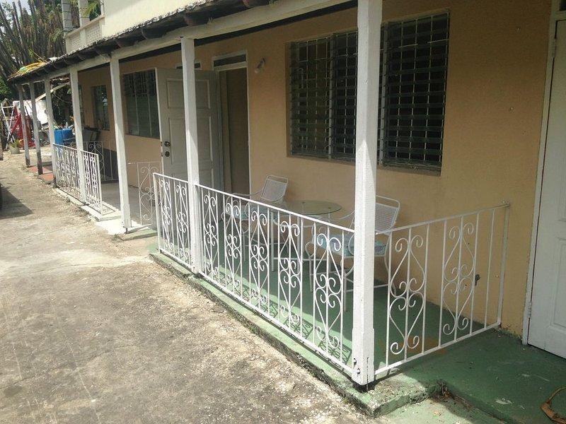 Nice Cosy Apartment in quiet neighborhood – semesterbostad i Inch Marlow
