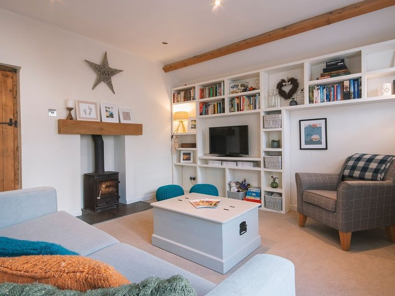 Church Cottage West Down | Sleeps 6/7 | Dog Friendly, holiday rental in Ilfracombe