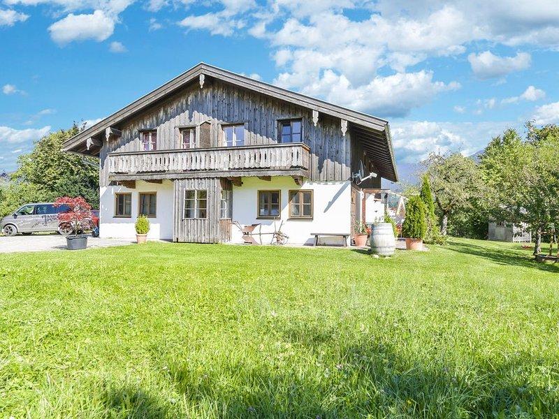 """Traumhaftes Apartment """"Hochalm"""" mit Balkon, Garten und WLAN; Parkplätze vorhande, alquiler de vacaciones en Bad Heilbrunn"""