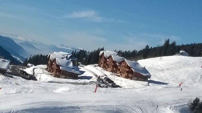 Location appartement 5 personnes ski au pied avec accès Domaine des Saisies, location de vacances à Albertville