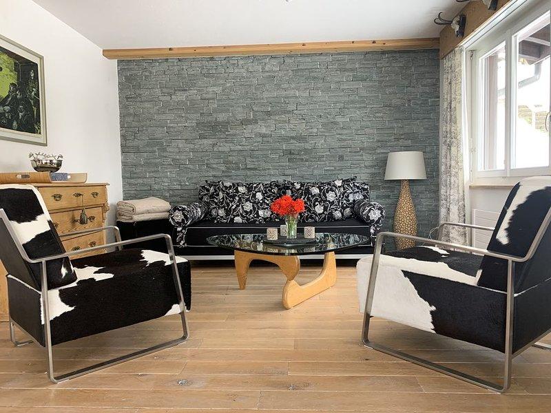 Einmalige Bergaussicht, am Fusse des Eiger, Alpenchic-Wohnung mit neuer Küche, location de vacances à Grindelwald
