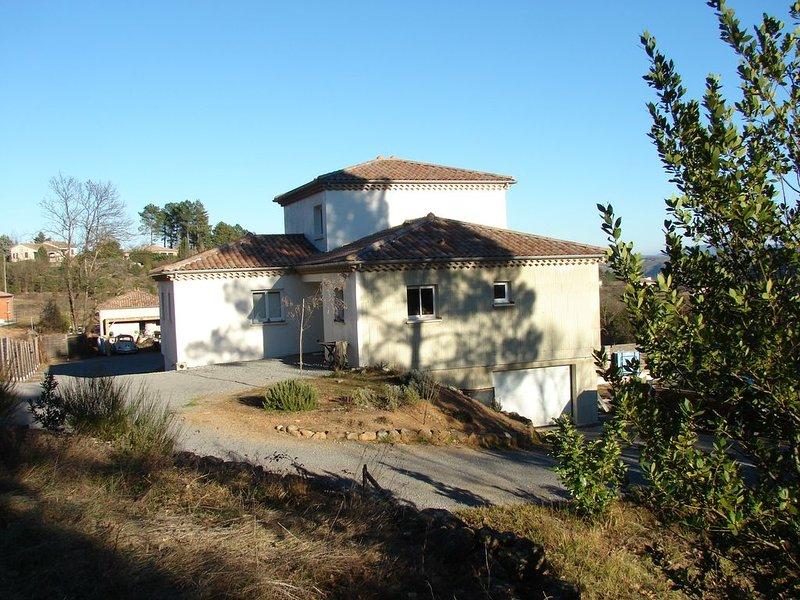 VILLA Sud Ardèche - Joyeuse., location de vacances à Joyeuse