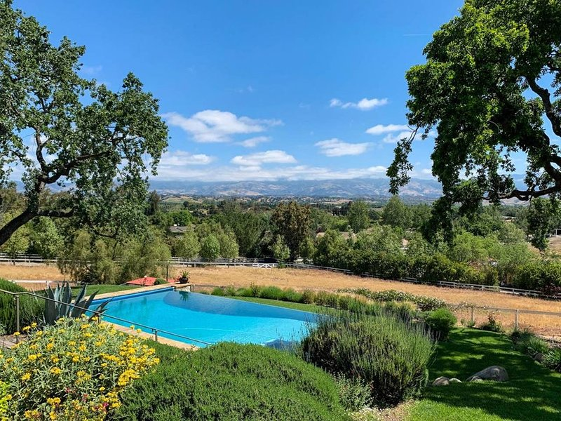 Stunning Spanish Oasis Retreat, location de vacances à Santa Ynez