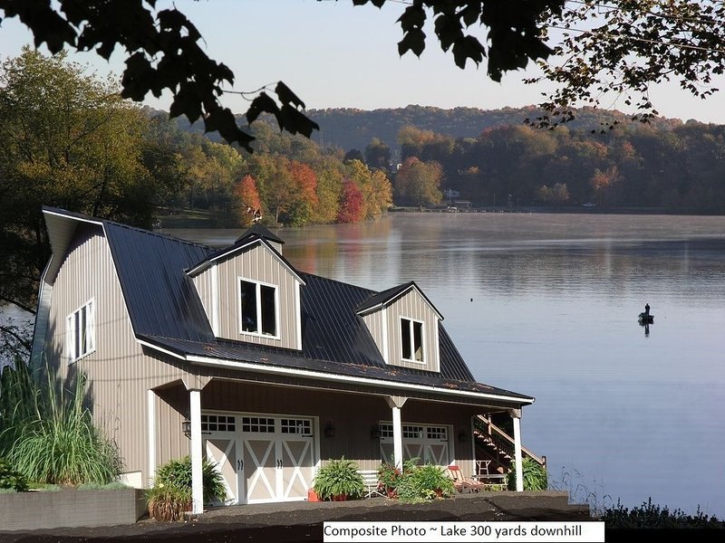 Great Lake View~Hot Tub~Kayaks/Canoes/Bikes~3-D photos~Couples~Fire Pit~King Bed, holiday rental in Logan